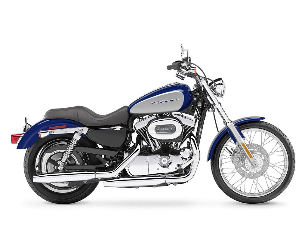 Harley-Davidson XL1200C Sportster 1200 Custom (2007) - 2ri.de